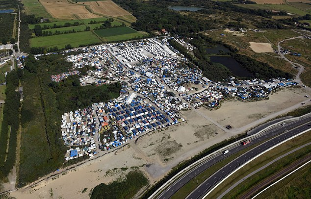 NWS_RTD-Calais Jungle aerial